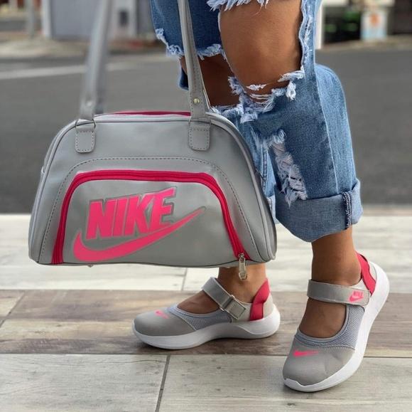c06ac462089370 Nike Bags   Bag And Shoe Set   Poshmark